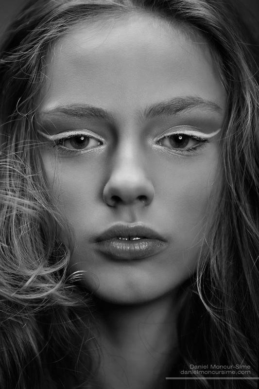 Photo by Daniel Moncoeur<br /> Model: Zoe Bridges