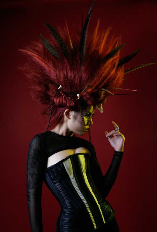 En Sol by Grace Elkin Photographer.<br /> <br /> with Kelly Odell MUA, Catriona Stewart, and Dbxhair.